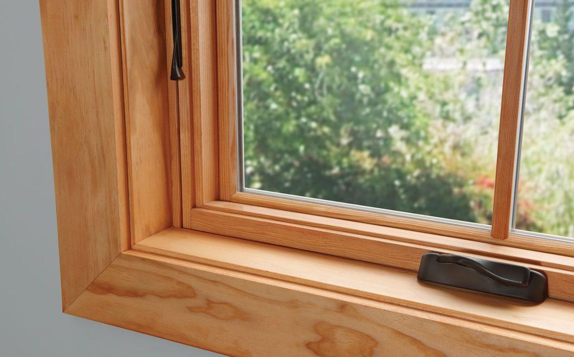 Что лучше – пластиковые или деревянные окна?