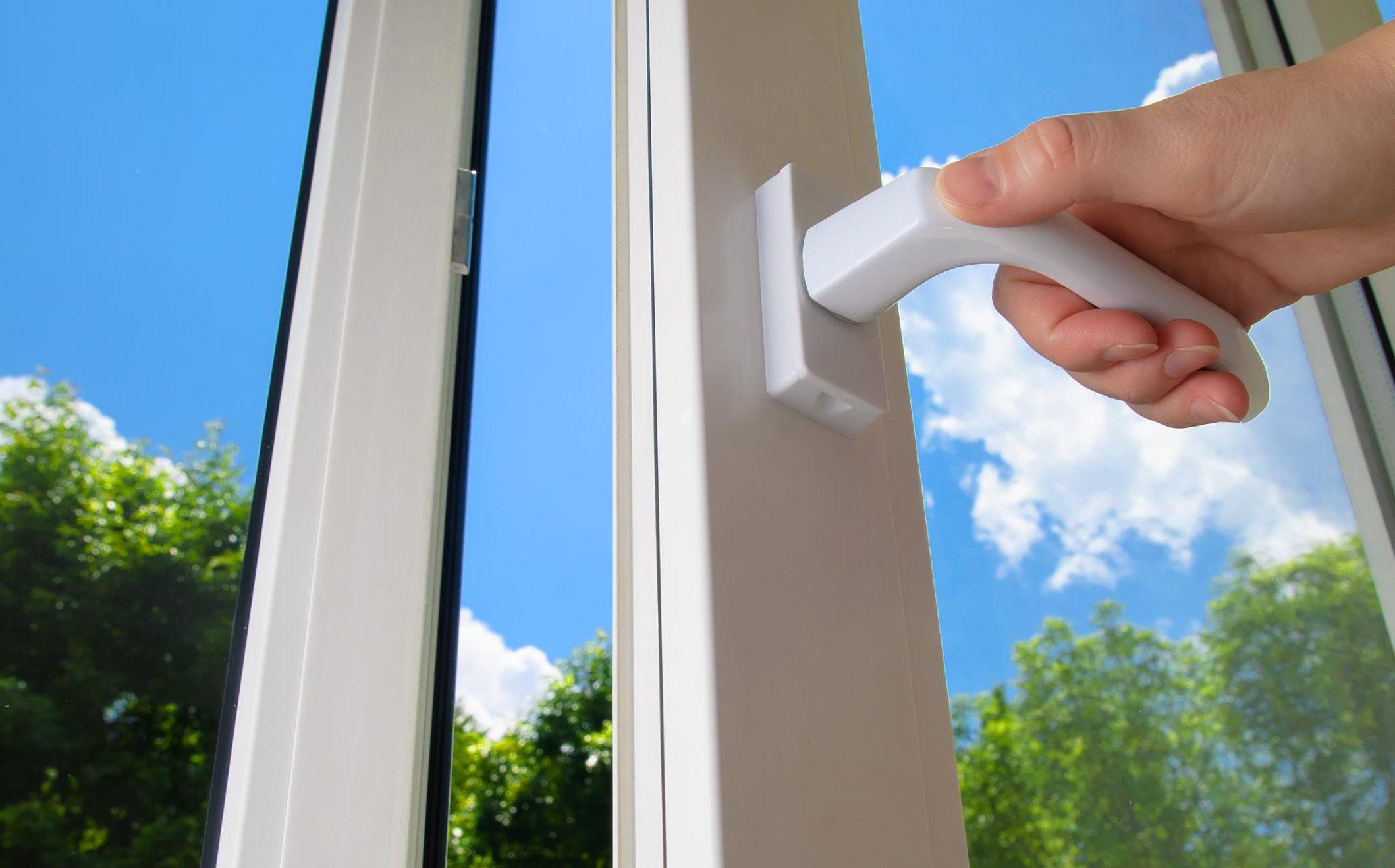Сколько лет прослужит пластиковое окно в квартире?